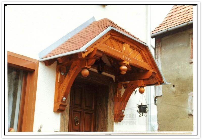 walmdach vordach holz carport rustikale sitzm bel. Black Bedroom Furniture Sets. Home Design Ideas