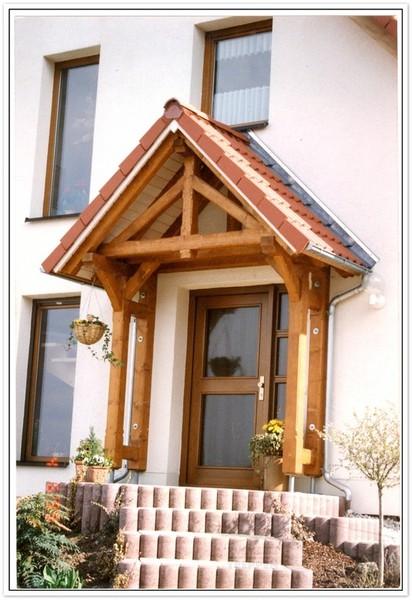 vordcher aus holz balkone eignen sich bestens with vordcher aus holz affordable vordach aus. Black Bedroom Furniture Sets. Home Design Ideas